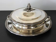 "Silver Plated Metal Casserole dish with fitted tray - ""Orfèvrerie de France"""