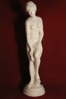 Goddess Venus - 63 cm high - Approximately from 1960