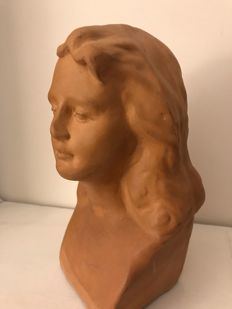 Female bust - 20th century - in terracotta
