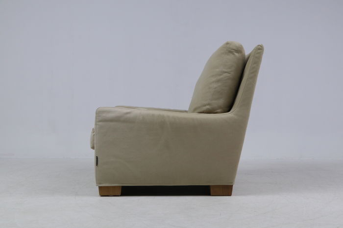 Flexform – Lounge chair model Pierre, lot 2