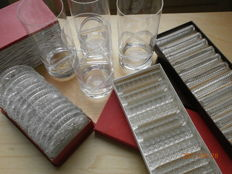Set of coasters Carnival, Kristalunie Maastricht + two sets knife rests, 4 cut glasses.
