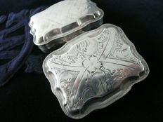 Silver peppermint box with engraving - Schoonhoven - 1857 -Maker's mark: v.d. Sluys
