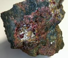 Very rich native mercury ore with deep red cinnabar crystals. - 58x50x40mm - 155 gr