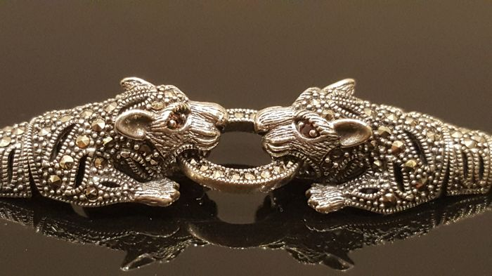 Vintage Handmade Panther 925 Sterling Silver Bracelet with Marcasite and Garnet