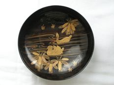 Lacquer chawan (lidded bowl) with ducks – Japan – Early 20th century