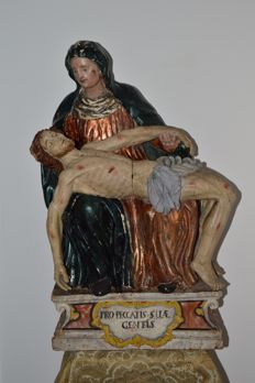 Polychrome painted carved wood Pietà - Southern Germany / Alpine countries - late 18th century