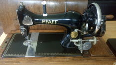 Luxury Pfaff hand sewing machine type no. 11