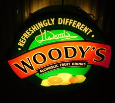 "Plastic ""Woody's Alcoholic Fruit Drinks"" Illuminated advertising / 2nd half of 20th century"
