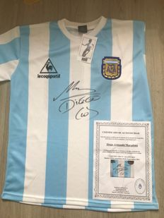 Official and authentic Le Coq Sportif  replica Worldcup '86 signed jersey Diego Maradona