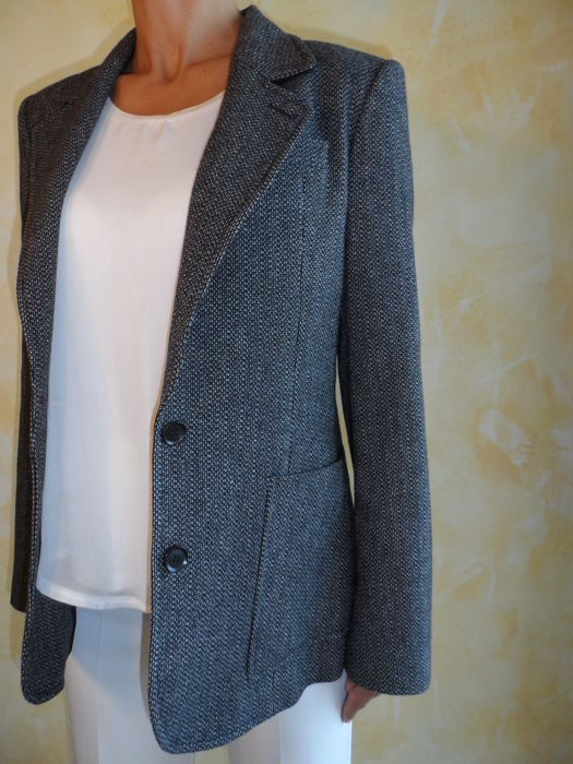Gucci - Exclusive Women s Blazer in Pure Wool - Made in Italy     NO ... bb5355b30691
