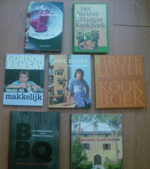 Cookbooks - Lot with 7 cookbooks - 1970/2015