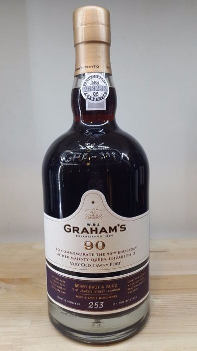 Graham's Very old Tawny Port 90 years 'Commemorate the 90th birthday of Her Majesty Queen Elizabeth II' - 1 bottle 75cl.