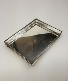 Antique silver tray with beautiful openwork edge on claw feet, The Netherlands, 1904