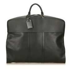 Louis Vuitton - Taiga Epicea Housse Bering Garment bag