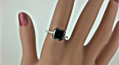 4.28ct cushion black diamond ring in 14kt white gold - szie 7,5