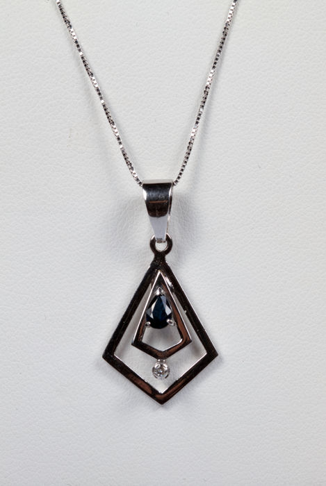 Necklace with pendant in white gold, with droplet cut sapphire and diamond (0.03 ct) - Chain length:  40 cm