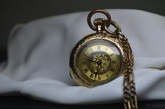 Women's pocket watch with Roman numerals and solid gold-plated chain and glass bell - around 1890
