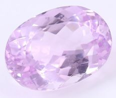 Kunzite  – Pink / purple - 16.62 ct