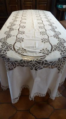 Large antique tablecloth with 12 napkins, Beige with bobbin lace, 340 cm x 170 cm