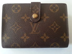 Louis Vuitton - Monogram wallet - *No Minimum price*