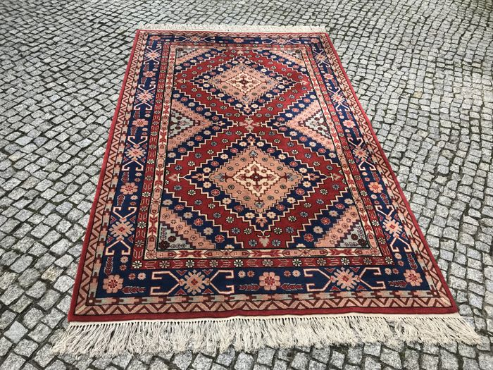 Unique Kazak Design Rug 270x155 cm-hand knotted