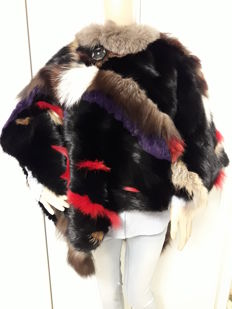 Natural mink and fox fur. Poncho/cape/cloak for women - One size fits all.  Made in Italy.