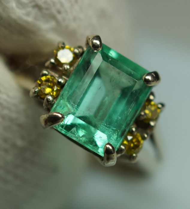 Gold Ring - 2.2 gr. with Rarity: Luxury Natural Emerald - 1.87 сt. and Diamonds - 0.12 ct.***NO RESERVE PRICE***