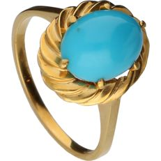 18 kt - Yellow gold tooled ring set with turquoise stone - Ring size: 17.5 mm