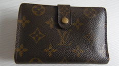 Louis Vuitton – Monogram Porte Monnaie / Billets Viennois  Bifold Wallet