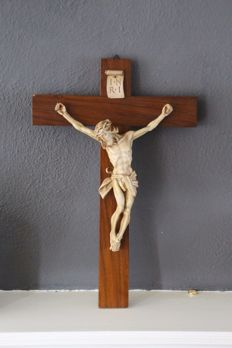 Brothers of Paridon - beautiful crucifix - Amsterdam, Holland - circa 1900-1930
