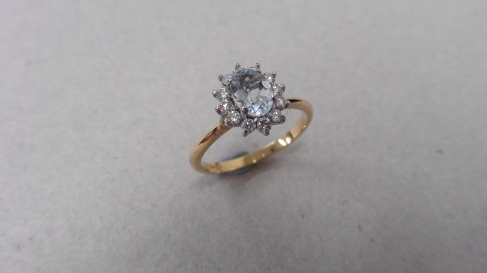 18k Gold Aquamarine and Diamond Cluster Ring - size 54