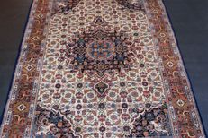Handwoven original Indian carpet Oriental Bidjar approx. 236 x 169 cm in good condition India new condition