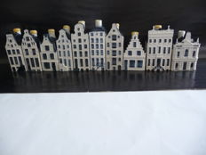 10 KLM miniature houses in Delft blue (Bols)