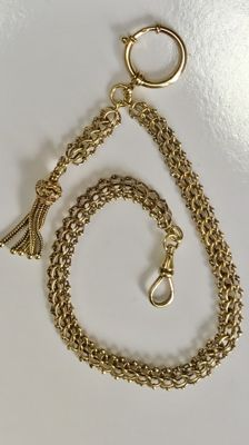 Antique 14 kt yellow gold watch chain / chatelaine with antique gold tassel, around 1900.