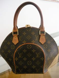 Louis Vuitton - Ellipse PM Bag