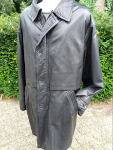 Vittorio Forti - long, leather, Italian coat with detachable winter lining