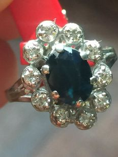 Pompadour ring in 18 kt gold with sapphire and diamonds (NO RESERVE PRICE).