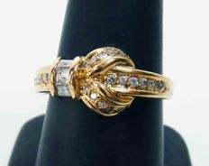 Gold ring with princess and octagon cut diamonds - with certificate