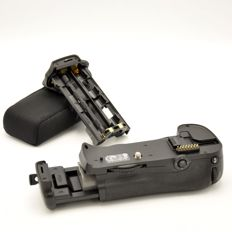 Nikon MB-D10 Grip + original battery (2000)