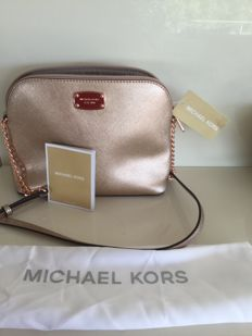 Michael Kors bag, beautiful in gold