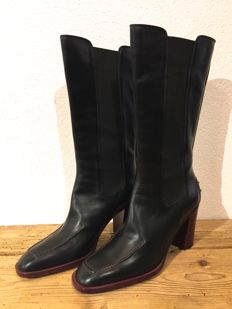 Tod's - black boots - never worn