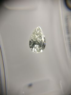 0.41 ct Pear cut diamond F VVS1
