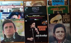 A lot of 12 records of the great country singer/performer Johnny Cash, all records are in excellent condition
