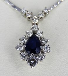 18 kt white gold choker with +/- 1.44 ct diamond and +/- 1.15 ct sapphire - 42 cm - 11.47 grams
