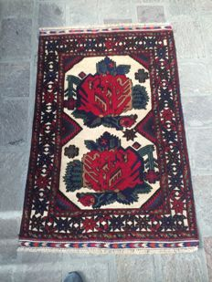 Sumak, Afghan rug, dimensions: 138 x 90 cm. Hand-knotted, Made in Afghanistan, from circa 2005.