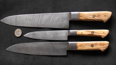Set of three handcrafted Damask knives - handle made from olive wood - 200 + layers damask steel