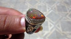 A Beautiful Handmade 925 Silver Ring - Natural Opal Gemstone - ***No Reserve Price***