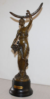 "Sculpture called ""L'automne"" (autumn) - bronzed zamak - France - early 20th century"