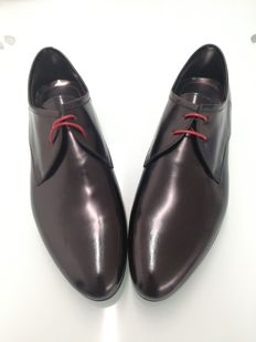 Hugo Boss -- High-quality shoes from a German fashion house