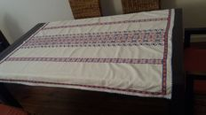 Very old linen/cotton tablecloth 140/110
